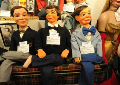 Windy Higgins, Oscar, and Joe Flip hanging out at Vent Haven Museum